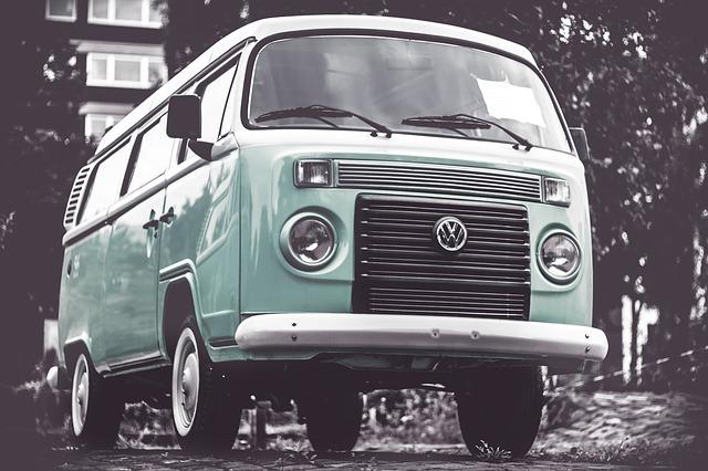Wyjazdy międzynarodowe czy musimy podróżować osobistym autem?
